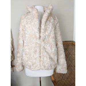 FOREVER 21 Faux Fur Teddy Coat Jacket
